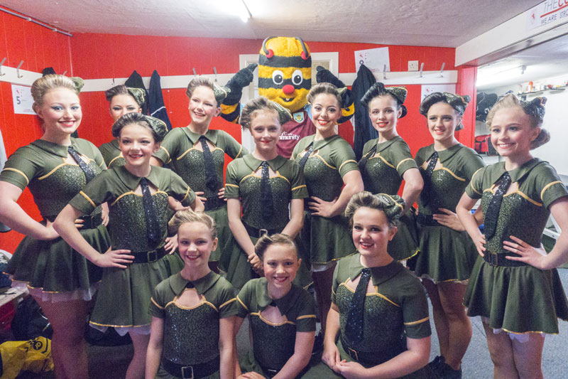 Rock-it! Helen Green Dance Academy  with Bertie Bee.