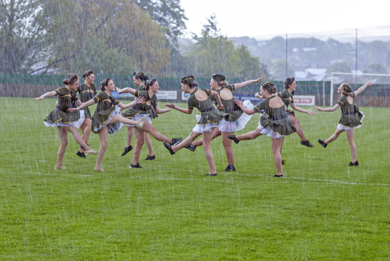 Rock-it! Helen Green Dance Academy  - Dancing in the rain!
