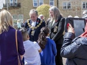 Pendle Mayor talking to local school children