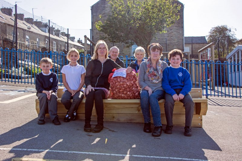 Daffodil Bulbs donated to Park Primary