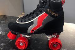 Earnie's - Rollerskates