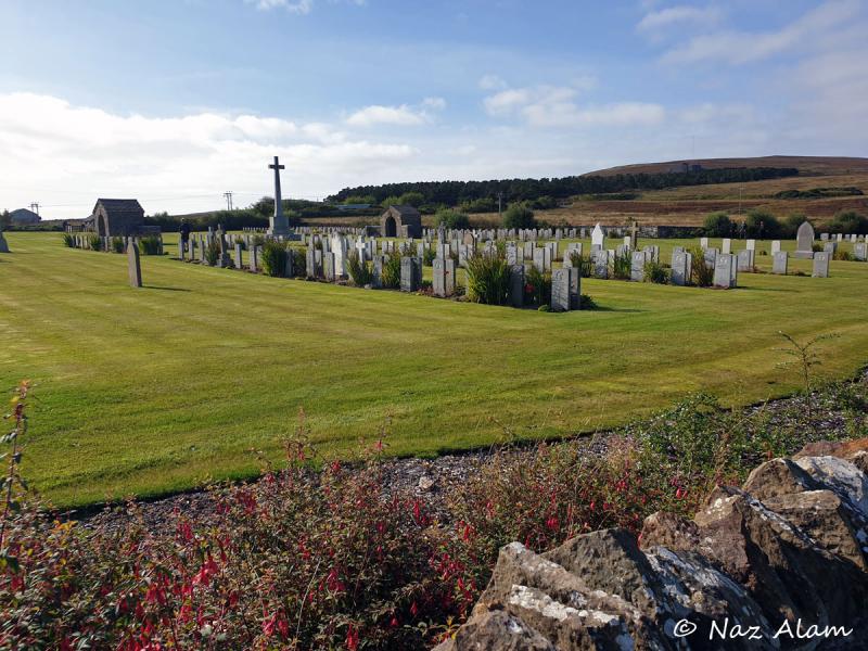 Lyness_Naval_Cemetery_1