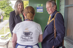 Thanking the Mayor & Mayoress for attending the event ...